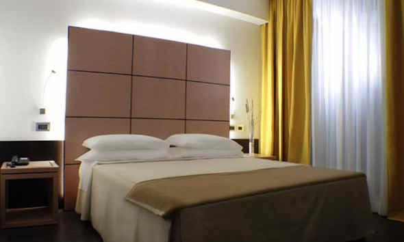 hotel cimarosa, albergo 3 stelle a Napoli Vomero