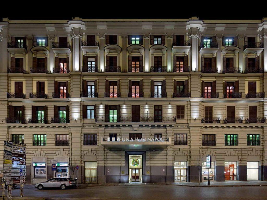 Una Hotel Napoli, Piazza Garibaldi