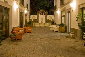 Hotel Piazza Bellini, Napoli centro storico
