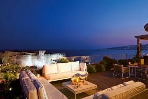 Grand Hotel Vesuvio, hotel di lusso sul lungomare di Napoli