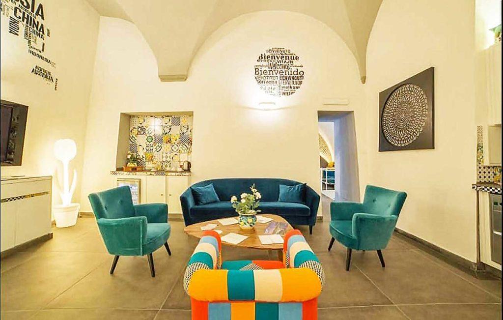 Airone Hotel Napoli, un 3 stelle superior con roof garden nel centro storico