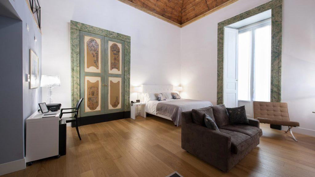 Santa Chiara Boutique Hotel Napoli centro storico (Via Benedetto Croce, 23) - Executive Suite